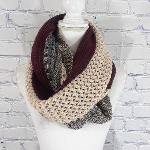 NWT Look by M Amos infinity scarf maroon stripe